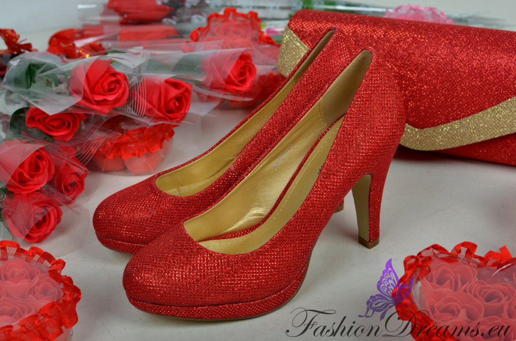 24d5b72701c Punased kontsakingad | Fashiondreams