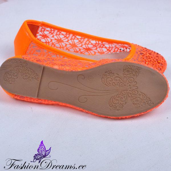 Oranžid pitsilised baleriinad